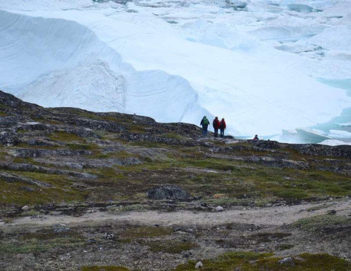 sermermiut-settlement-walk-ilulissat-disko-bay - Guide to Greenland2