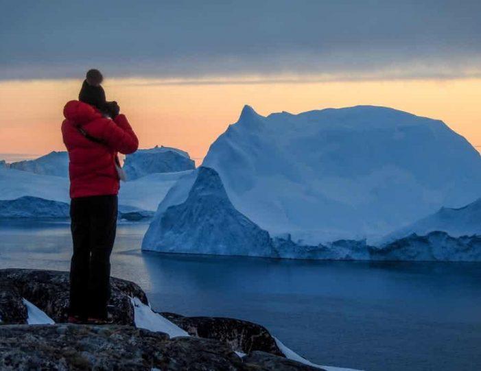 sermermiut-settlement-walk-ilulissat-disko-bay - Guide to Greenland3