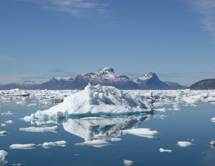 settlement-by-the-icefjord-private-tour-nuuk-Guide to Greenland2