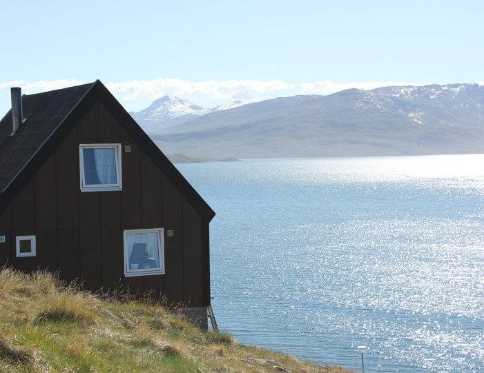 settlement-by-the-icefjord-private-tour-nuuk-Guide to Greenland9