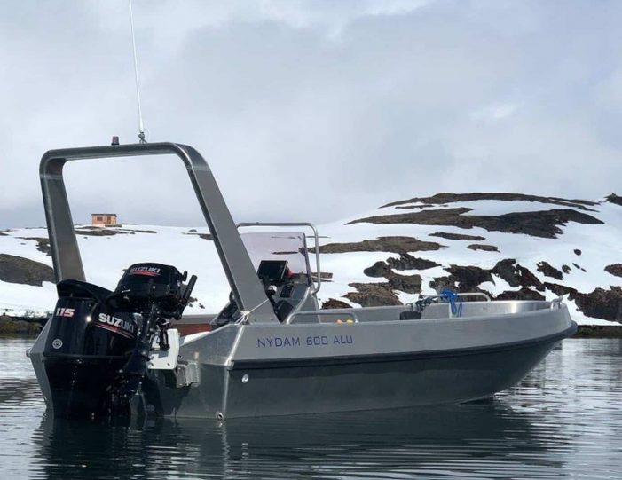 sleep-in-the-wilderness-nuuk - Guide to Greenland8
