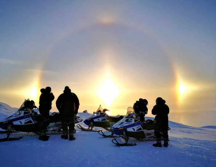 snowmobile-adventure-ilulissat-disko-bay-Guide to Greenland11