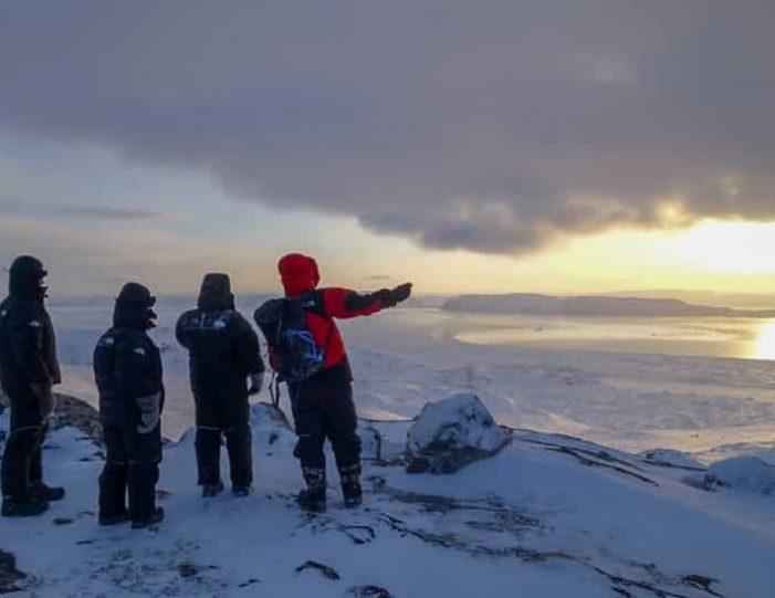 snowshoe-hiking-ilulissat-disko-bay - Guide to Greenland4