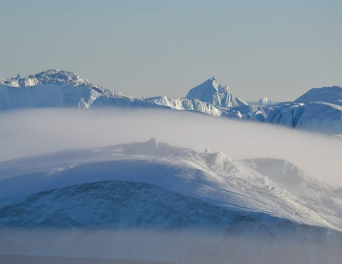 snowshoe-hiking-ilulissat-disko-bay - Guide to Greenland9