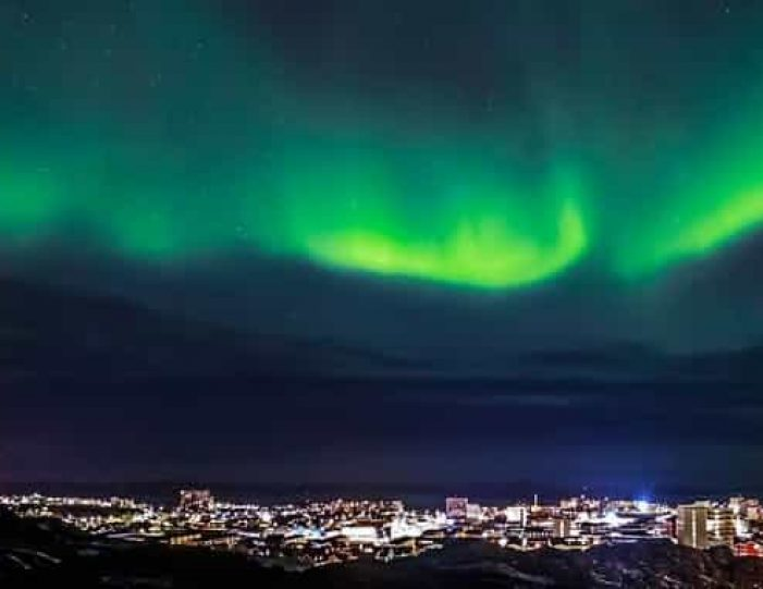 snowshoe-in-the-northern-night-ilulissat-disko-bay - Guide to Greenland6