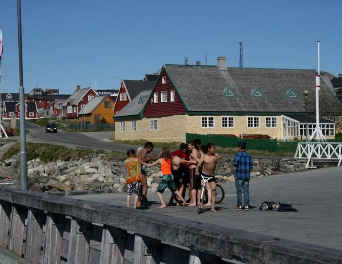 south-west-greenland-8-day-vacation-package-from-iceland-to-greenland-Guide to Greenland10