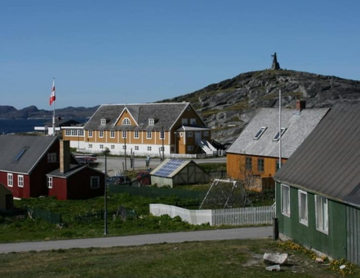 south-west-greenland-8-day-vacation-package-from-iceland-to-greenland-Guide to Greenland30