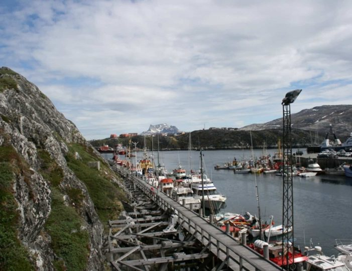 south-west-greenland-8-day-vacation-package-from-iceland-to-greenland-Guide to Greenland7