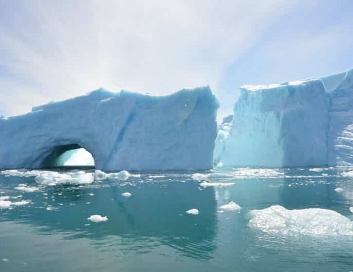 stand-up-paddleboarding-amongst-the-icebergs-nuuk-west-greenland - Guide to Greenland11