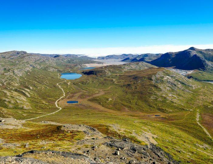 sugarloaf-mountain-hike-kangerlussuaq - Guide to Greenland13