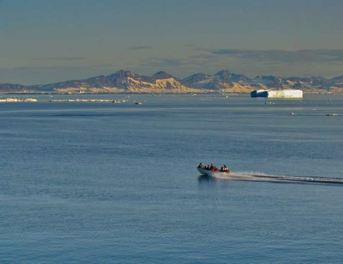 summer-in-ittoqqortoormiit-4-days-east-greenland-Guide to Greenland10