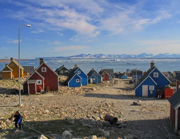 summer-in-ittoqqortoormiit-4-days-east-greenland-Guide to Greenland12