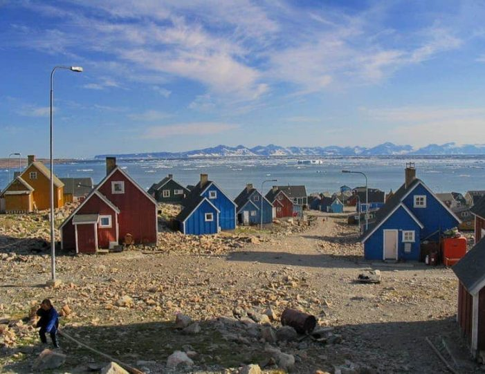 summer-in-ittoqqortoormiit-8-days-east-greenland-Guide to Greenland5