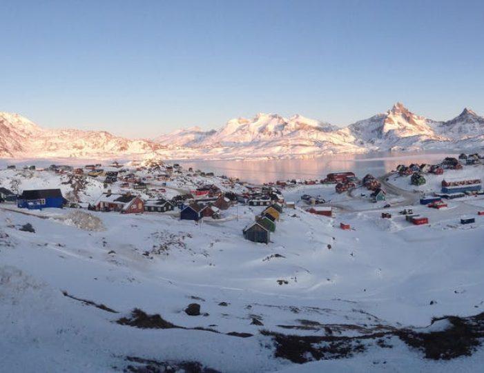 tasiilaq-winter-world-8-days-east-greenland-Guide to Greenland17