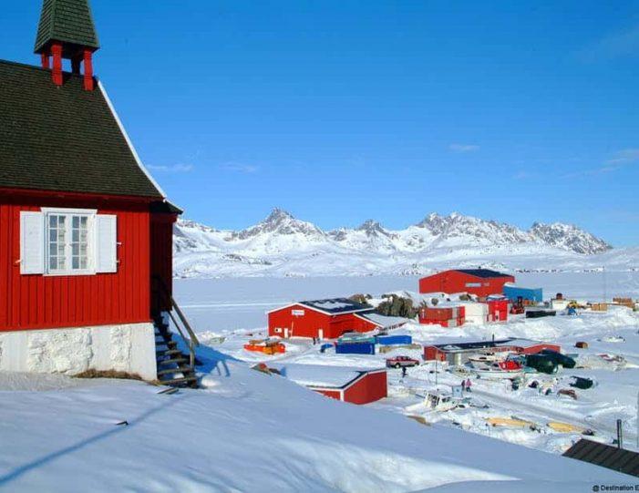 tasiilaq-winter-world-8-days-east-greenland-Guide to Greenland5
