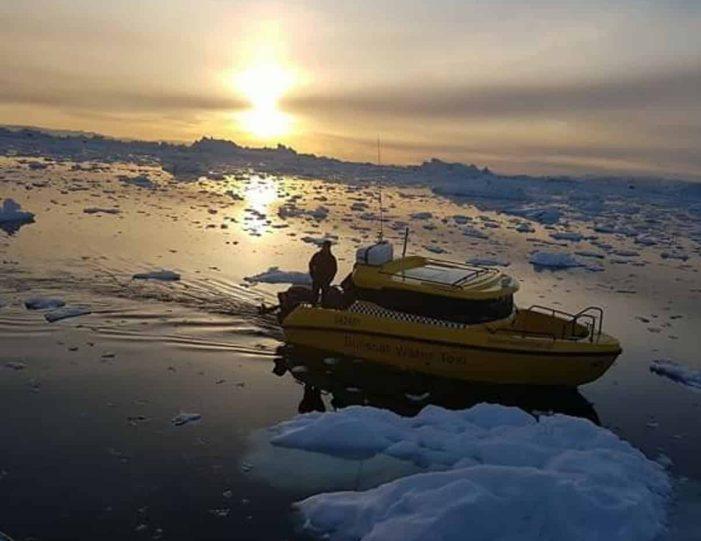 the-calving-glacier-eqi-paakitsoq-ilulissat-disko-bay-Guide to Greenland4