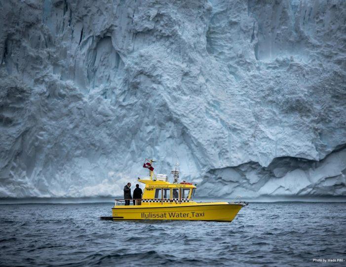the-calving-glacier-eqi-paakitsoq-ilulissat-disko-bay-Guide to Greenland7