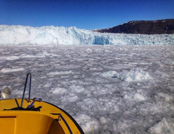 the-calving-glacier-eqi-private-tour-ilulissat-disko-bay - Guide to Greenland11