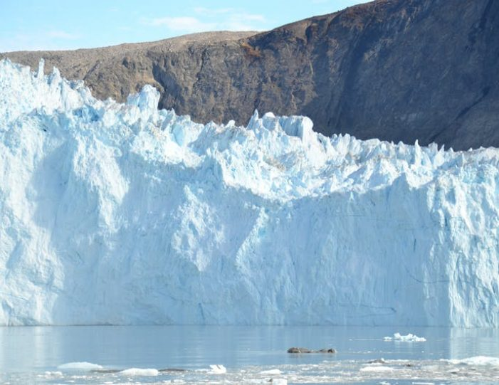 the-calving-glacier-eqi-private-tour-ilulissat-disko-bay - Guide to Greenland2