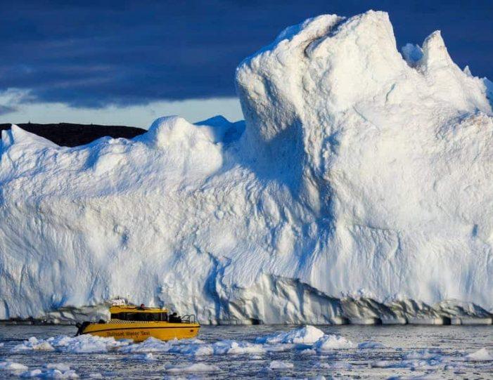 the-calving-glacier-eqi-private-tour-ilulissat-disko-bay - Guide to Greenland3