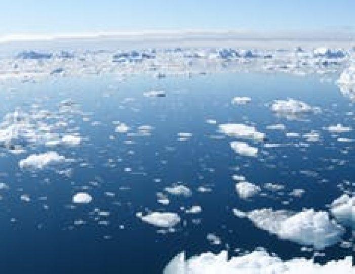 the-calving-glacier-eqi-private-tour-ilulissat-disko-bay - Guide to Greenland6