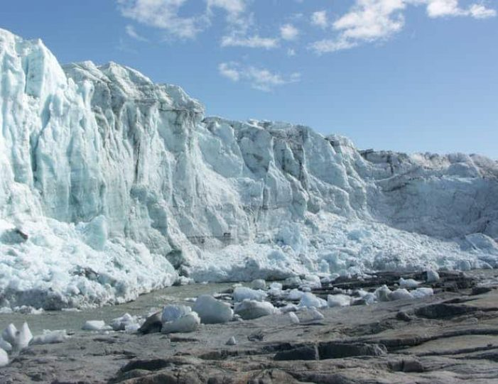 the-great-russell-glacier-kangerlussuaq - Guide to Greenland1
