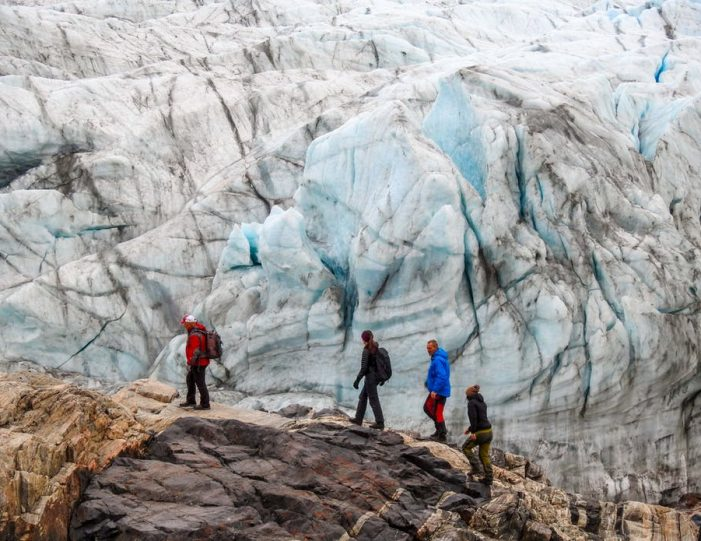 the-great-russell-glacier-kangerlussuaq - Guide to Greenland16