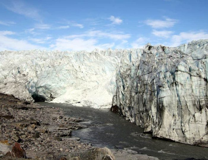 the-great-russell-glacier-kangerlussuaq - Guide to Greenland7