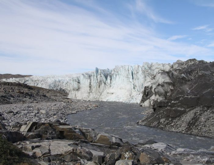 the-great-russell-glacier-kangerlussuaq - Guide to Greenland9
