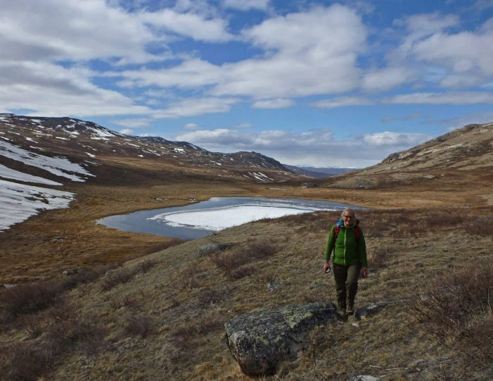 traditional-hunting-camping-kangerlussuaq-west-greenland - Guide to Greenland2