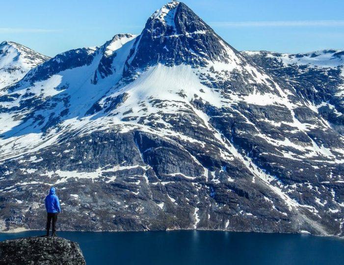 ukkusissat-mountain-hike-nuuk - Guide to Greenland1