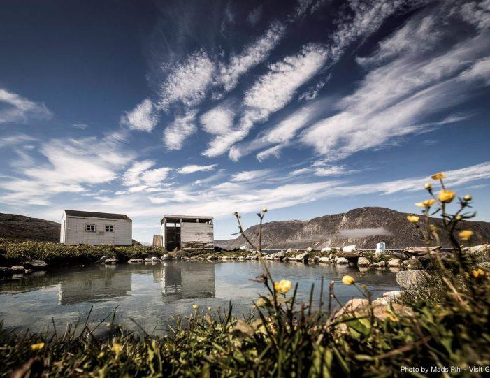 uunartoq-hot-springs-private-tour-qaqortoq-south-greenland - Guide to Greenland1