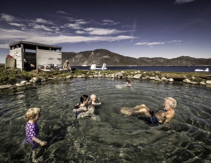 uunartoq-hot-springs-private-tour-qaqortoq-south-greenland - Guide to Greenland5