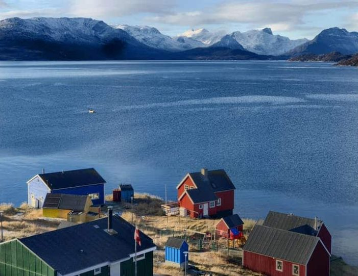 visit-the-settlement-of-kapisillit-nuuk - Guide to Greenland11