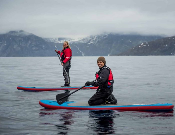 weekend-stand-up-paddleboard-with-whales-or-by-sermitsiaq-waterfall-i-nuuk-10
