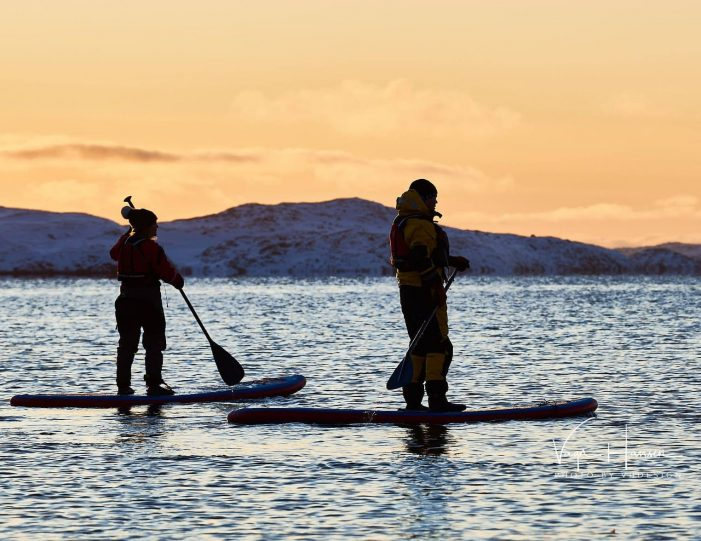 weekend-stand-up-paddleboard-with-whales-or-by-sermitsiaq-waterfall-i-nuuk-2