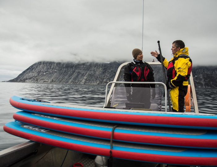 weekend-stand-up-paddleboard-with-whales-or-by-sermitsiaq-waterfall-i-nuuk-3