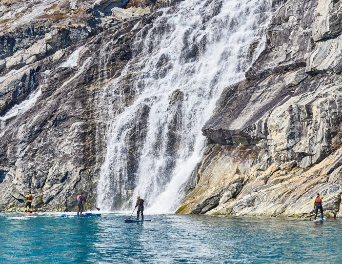 weekend-stand-up-paddleboard-with-whales-or-by-sermitsiaq-waterfall-i-nuuk-4