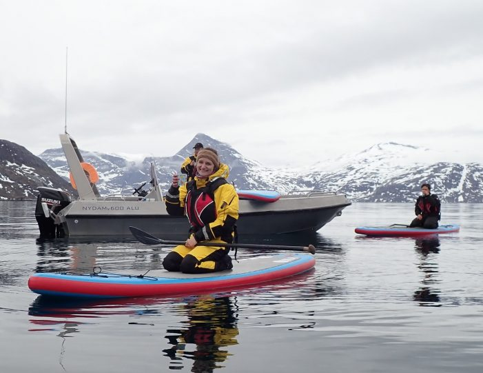 weekend-stand-up-paddleboard-with-whales-or-by-sermitsiaq-waterfall-i-nuuk-7