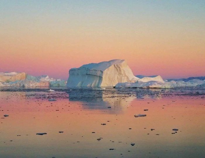 whales-ice-private-tour-ilulissat-disko-bay-Guide to Greenland6