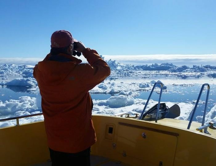 whales-ice-private-tour-ilulissat-disko-bay-Guide to Greenland7