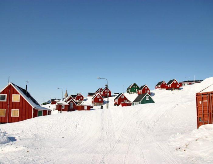 winter-in-ittoqqortoormiit-8-days-east-greenland-Guide to Greenland2