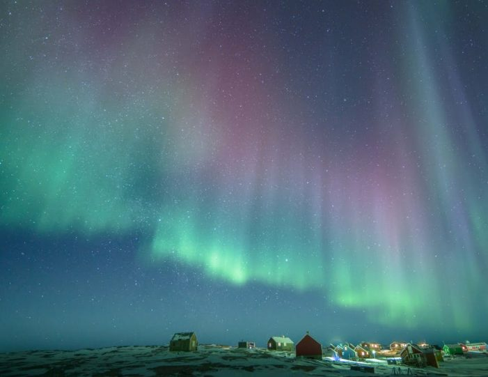 winter-in-northwest-greenland-icebergs-glaciers-inuit-day-Guide to Greenland8