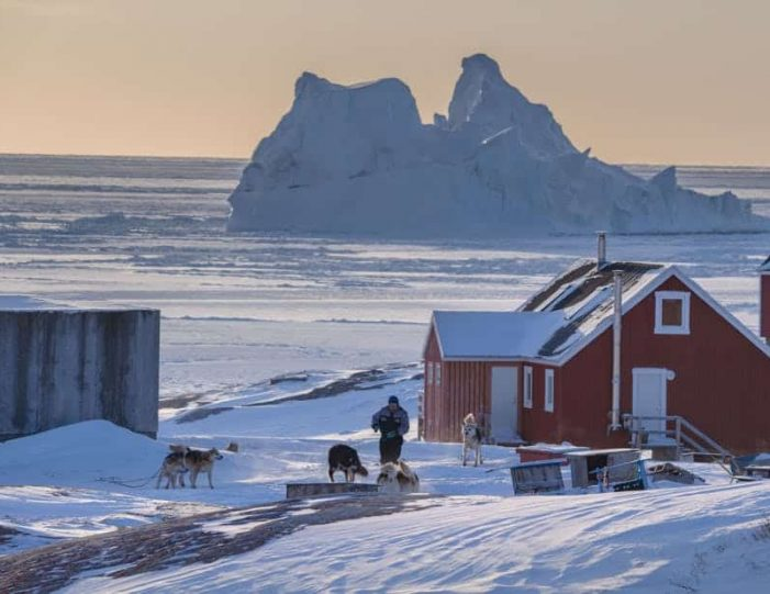 winter-in-northwest-greenland-icebergs-glaciers-inuit-day-Guide to Greenland9