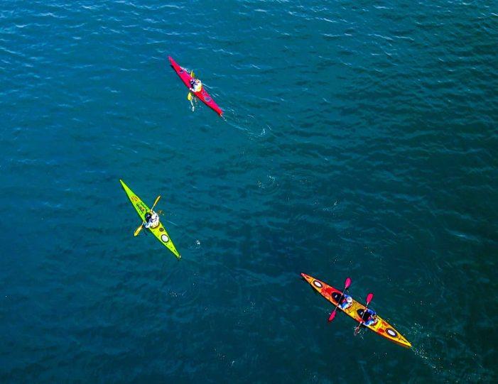winter-kayaking-tour-sisimiut- Guide to Greenland12