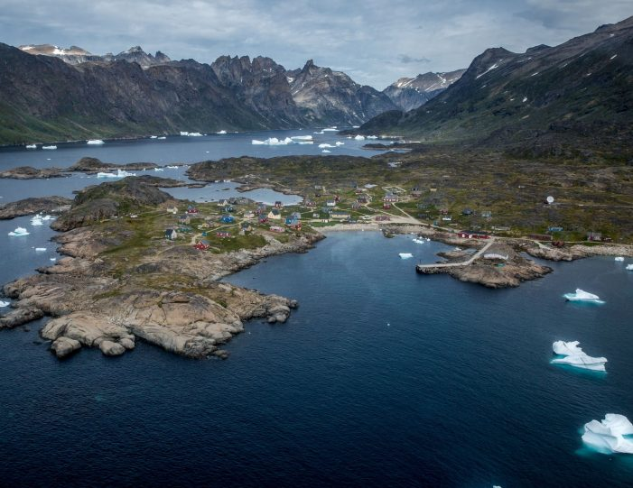 world-heritage-hvalsey-by-helicopter-qaqortoq-south-greenland - Guide to Greenland4